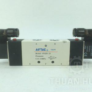 Mặt trước của chiếc van điện từ AIRTAC 4V420-15