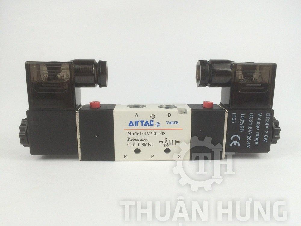 Mặt trước của van điện từ AIRTAC 4V220-08