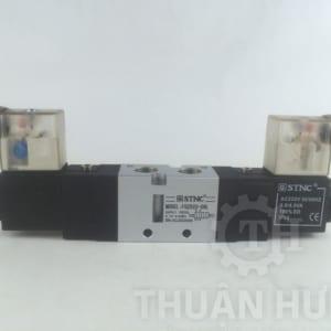 Mặt trước của van điện từ khí nén STNC TG2522-08L
