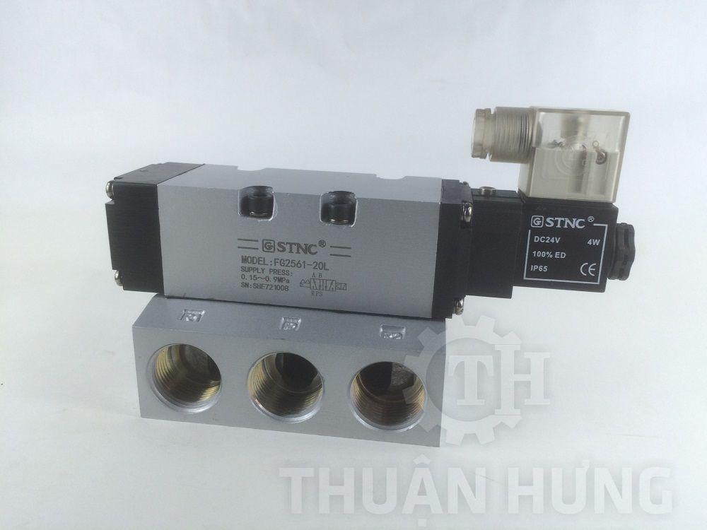 Mặt trước của van điện từ khí nén STNC FG2561-20L