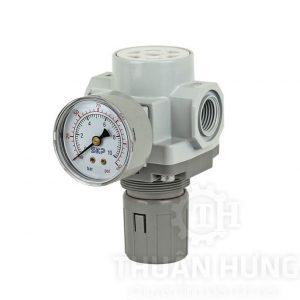 Van điều áp khí nén SKP SAR2000 ren 13
